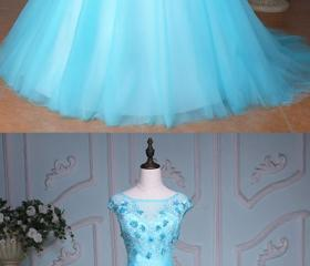 Blue tulle scoop nec..
