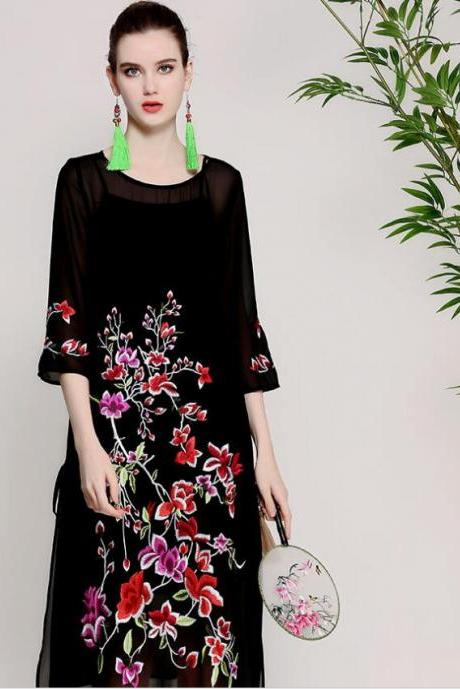 Spring and summer 2018 new style, original women's wear, Chinese wind heavy work embroidery, big size loose dress fat MM